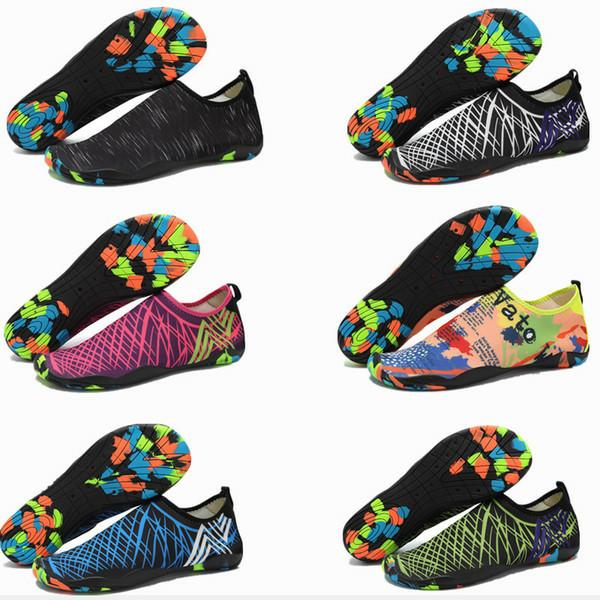 Foto Produk Sepatu Pantai beach shoes sepatu diving water shoes aqua wading dari pasarsenen