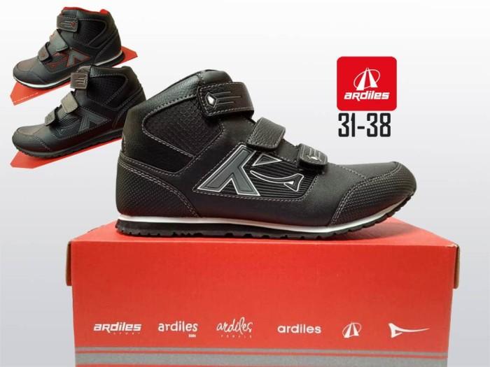 harga Sepatu sekolah hitam ardiles komax sol ringan boot sepatu anak sd smp Tokopedia.com