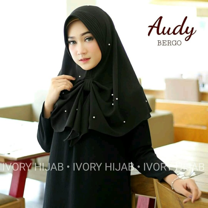 Audy Bergo Hitam /Khimar / Hijab / Hijab Instan / Kerudung Instan