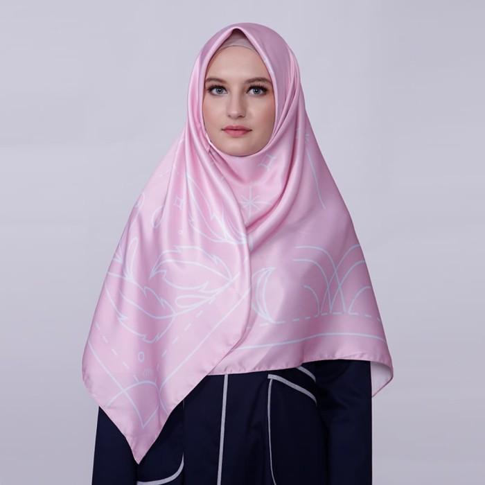 kerudung satin zoya segi empat cantik - reanna scarf - peony