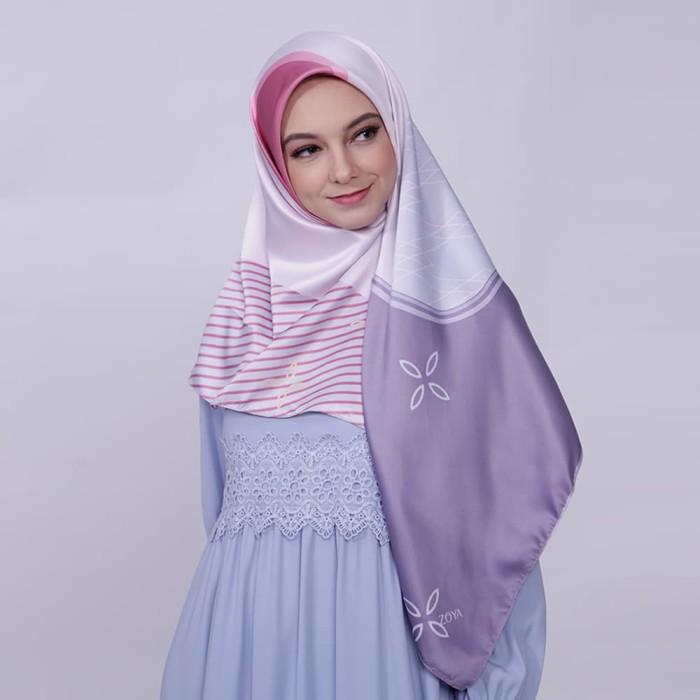 kerudung satin zoya segi empat cantik - joanna scarf - violet