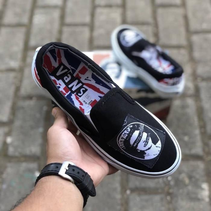 43d8af8916 Jual Sepatu Vans Slip On