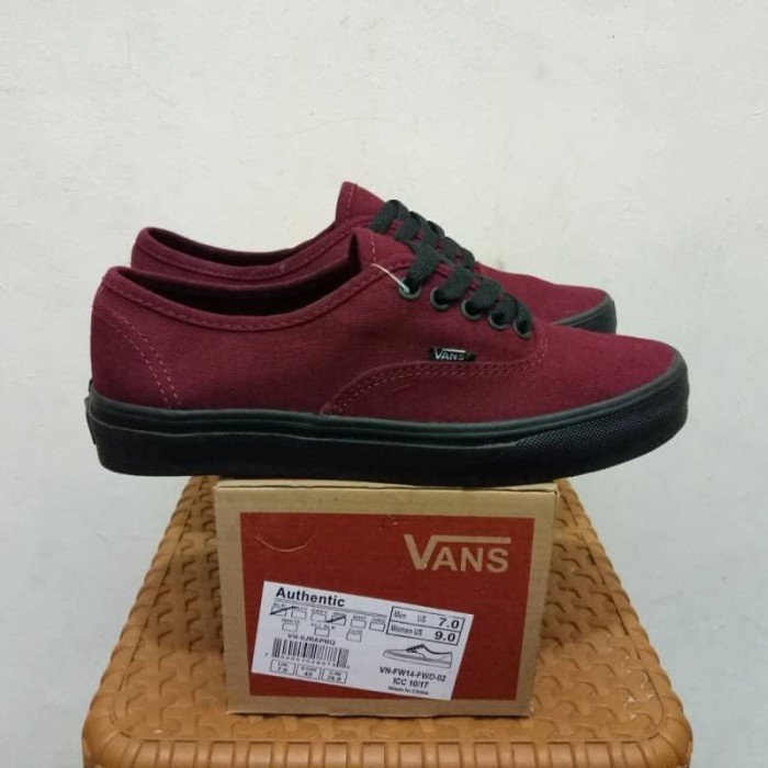 Jual Sepatu Sneakers Vans Authentic