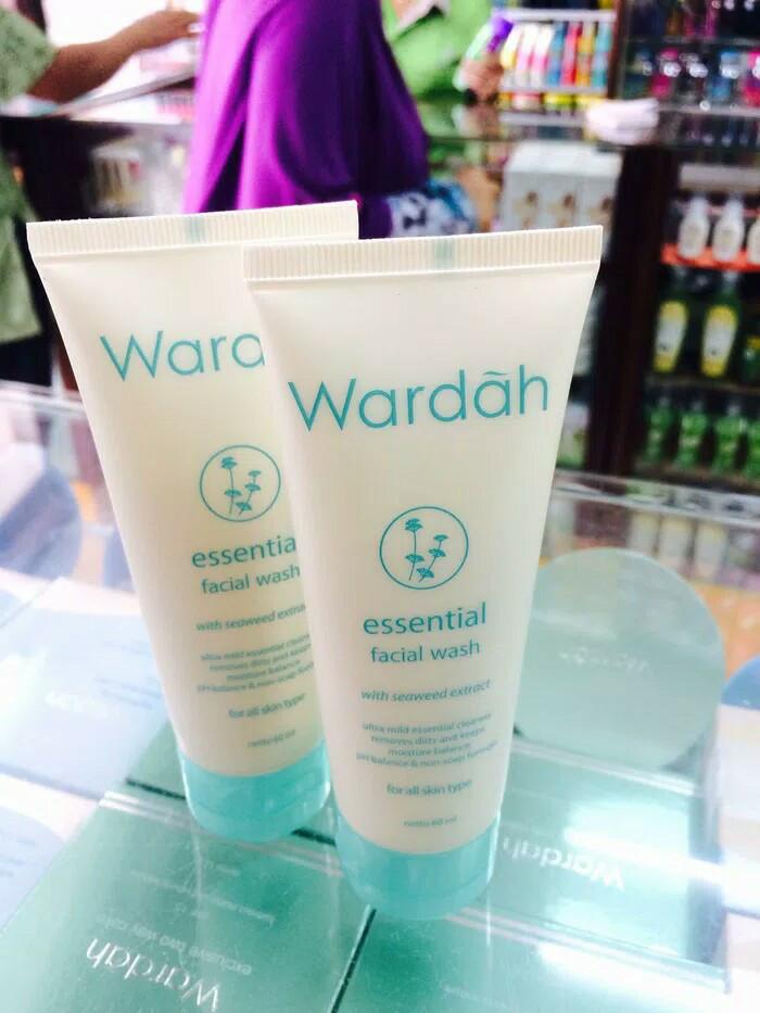 WARDAH ESSENTIAL FACIAL WASH 60ML Source · Wardah essential facial wash 60ml