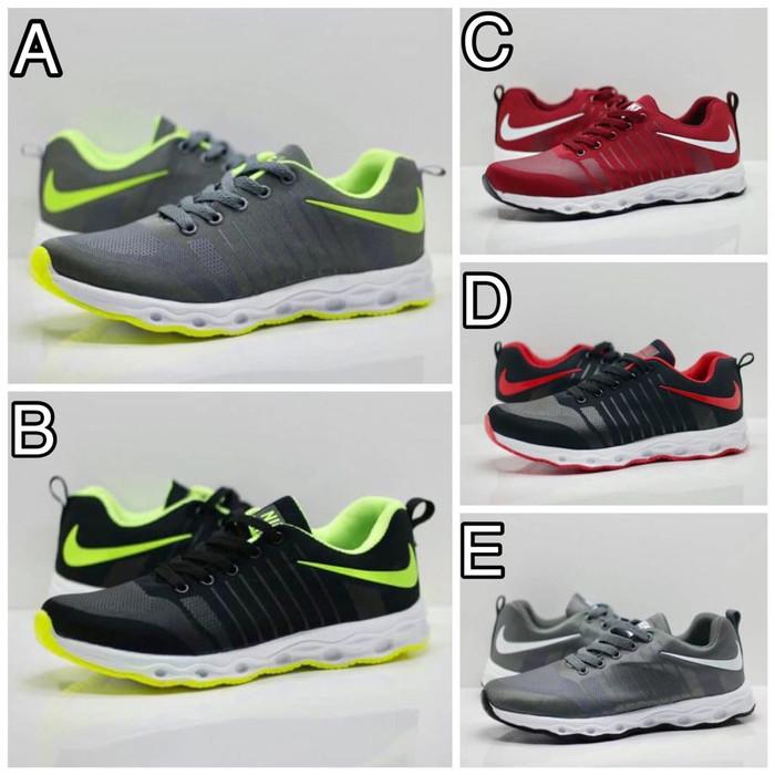 Jual Sepatu Pria Nike Pegasus For Man Sneaker Pria Nike Hitam Putih ... 11595b8db6