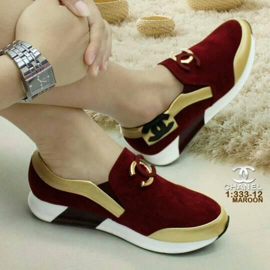 Jual TERMURAH SLIP ON CC 2 WARNA( Sepatu replika Chanel Murah ... 7def27f145