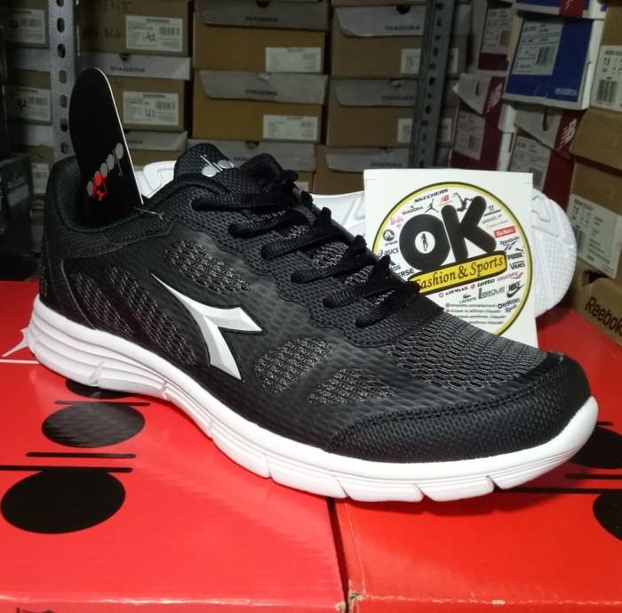 harga Sepatu diadora asli original termurah bnib 307 Tokopedia.com