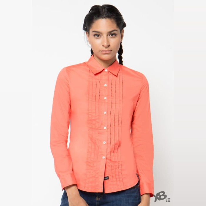 x8 delilah shirts - size xl