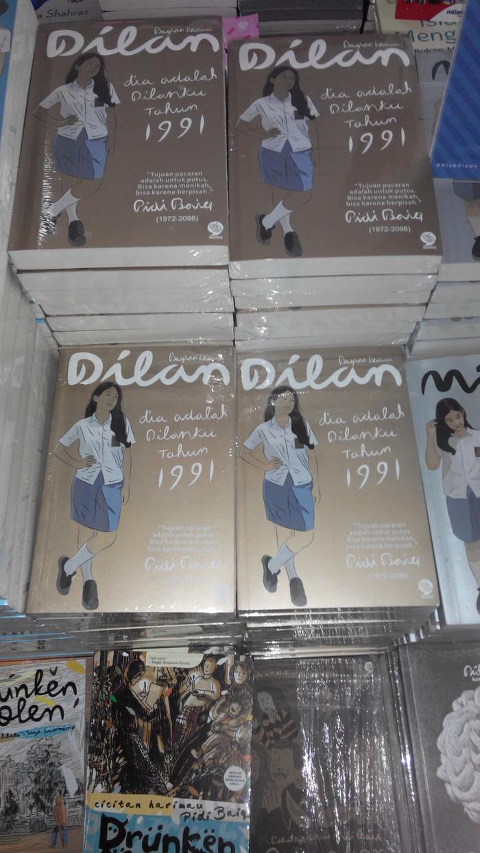 Jual Buku Dilan Dia Adalah Dilanku Tahun 1991 Pidi Baiq Original Mizan Jakarta Barat Mantap Pas