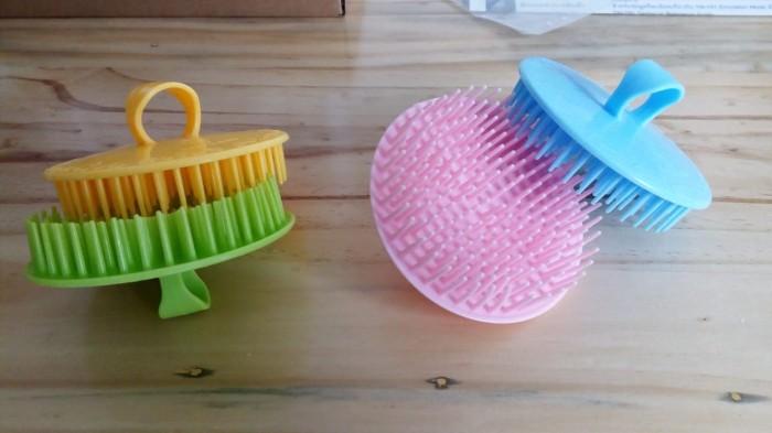 Jual Sisir   Sikat Keramas Bulat Untuk Usaha Pangkas Rambut Salon ... 8372531f6b