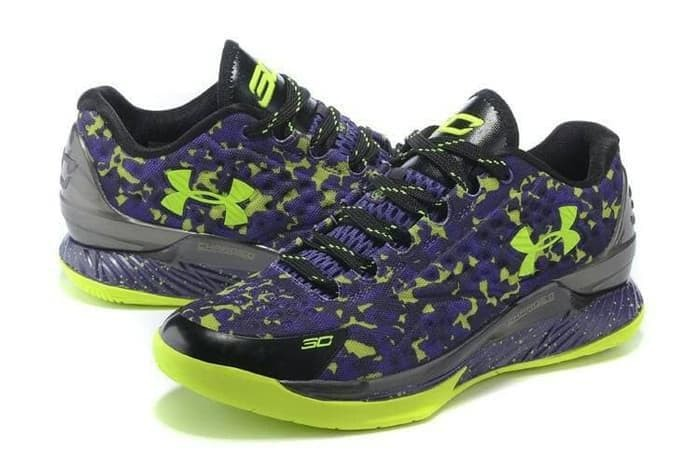 c7f5a166257 official ua curry 3 low dbd91 14d45  uk best sepatu basket underarmour  stephen curry one low army premium fb8a6 17b53
