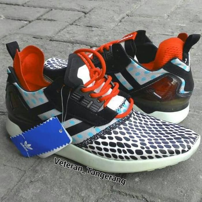 0f33b4d586a3 ... denmark best sepatu sneakers adidas zx 8000 boost original import ffd29  f78bf