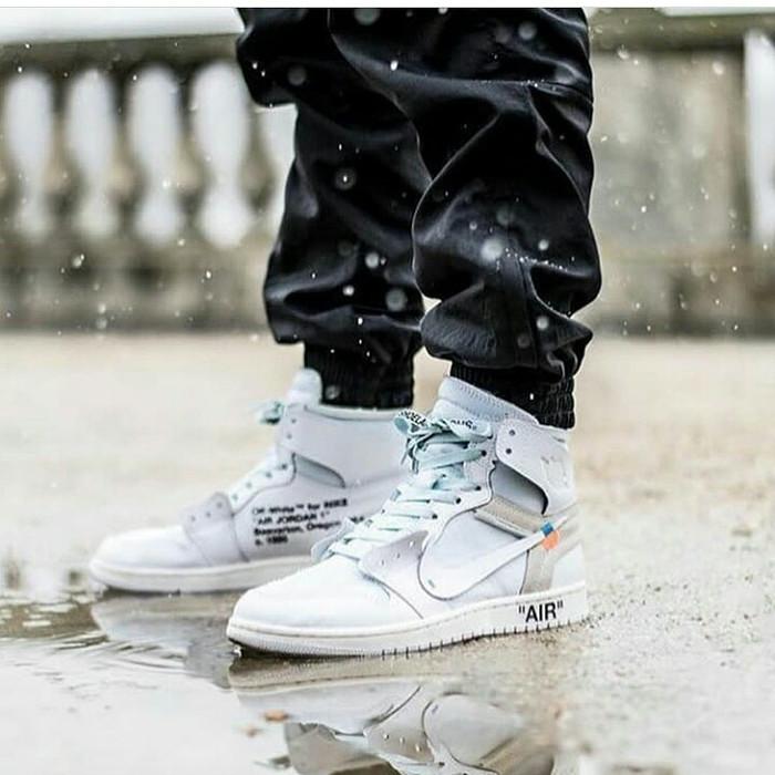 93c0b964193966 Jual Nike Air Jordan 1 x Off White