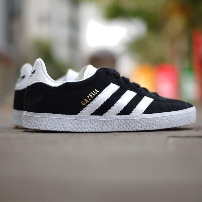 best sneakers 909de 36f85 ORIGINAL Adidas Gazelle 2.0 Kids Black White size 30-32 muraahhh.