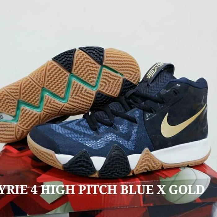 new concept 8cc26 26a9f Jual SEPATU NIKE KYRIE 4 HIGH PITH BLUE X GOLD - Kota Batam - LobabaSports  | Tokopedia