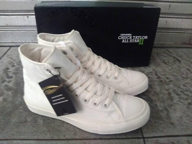 1c2117601663 Jual Sneakers Pria Sepatu Converse All Star CT 2 White High Premium ...