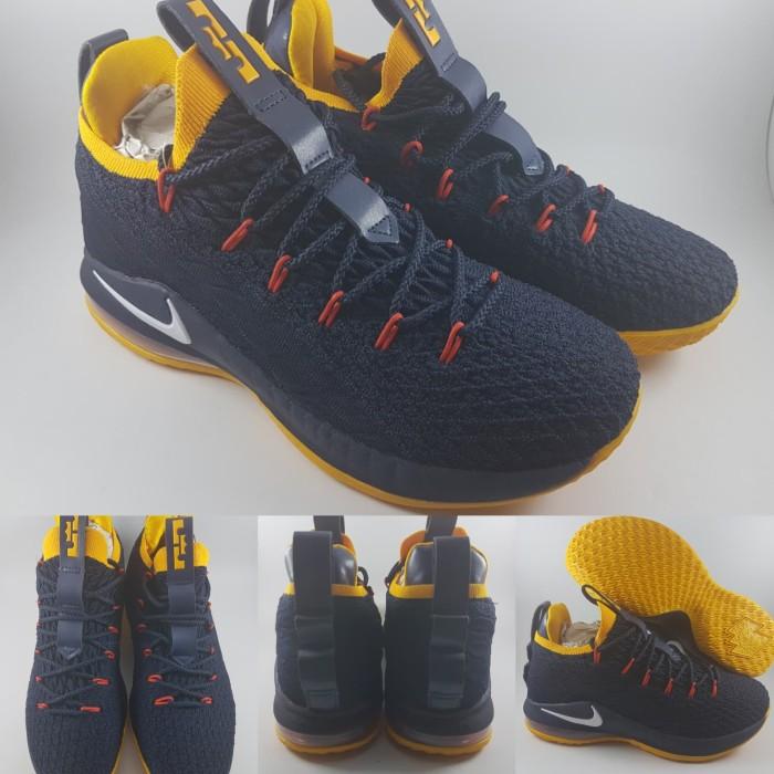 promo code 1815e 8fcbe Jual Sepatu Basket Nike Lebron 15 XV Low Dark Navy Blue Yellow Biru Kuning  - Kota Bandung - BladeMazter Corp. | Tokopedia