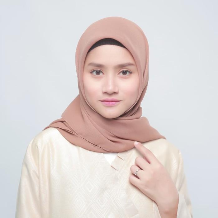 eclemix jilbab cornskin coklat 3 scarf square segi empat - cokelat