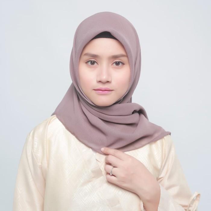 eclemix jilbab cornskin coklat 2 dark milo scarf square segi empat - cokelat