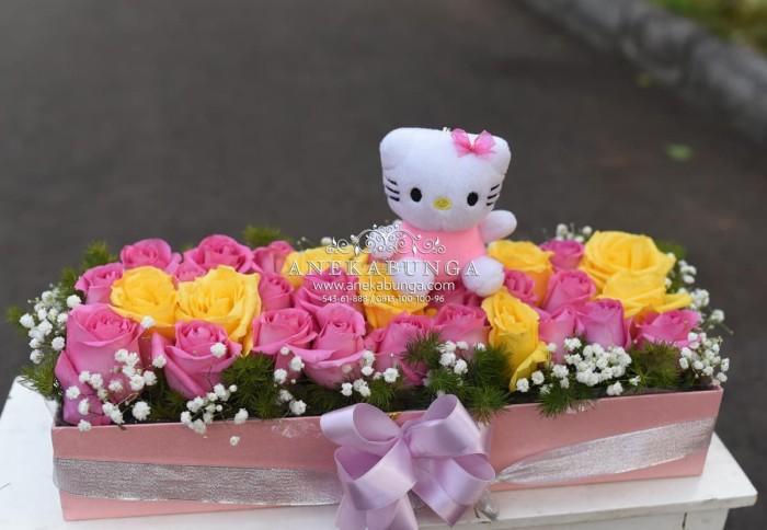 Jual Rangkaian Bunga Kotak Mawar Asli Boneka Kitty Fresh Rose Flower Box Jakarta Barat Toko Aneka Bunga Tokopedia
