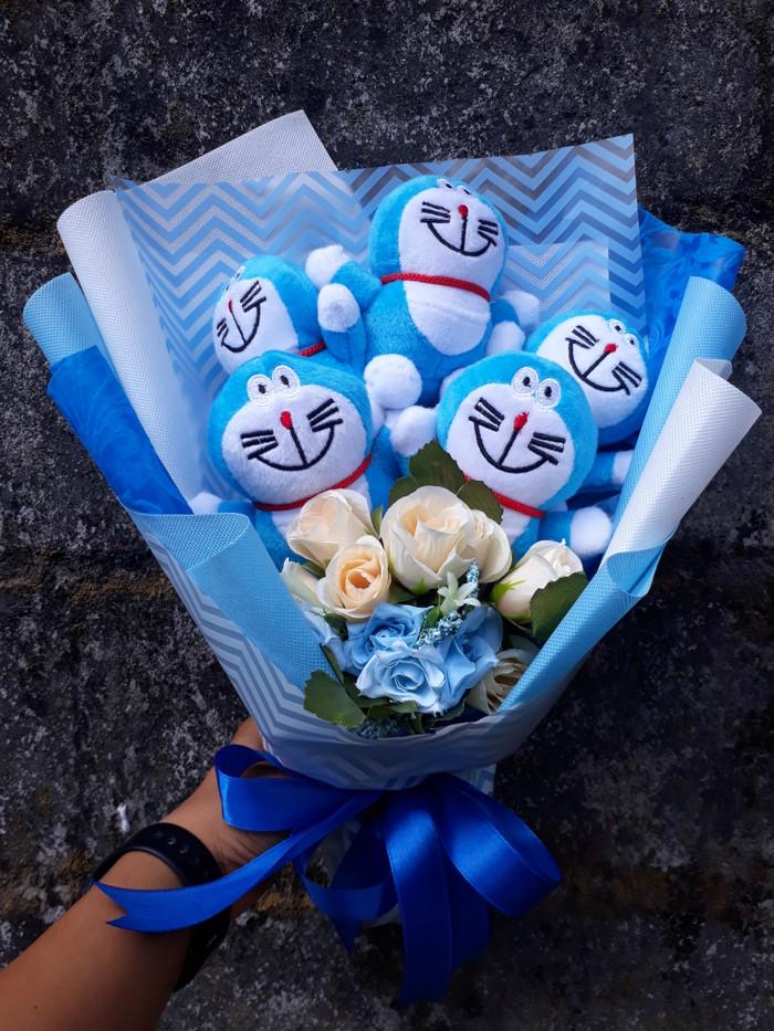 Bouquet Buket Bunga Boneka 5 Doraemon Kado Ultah Wisuda Anniversary 9ed6f33995