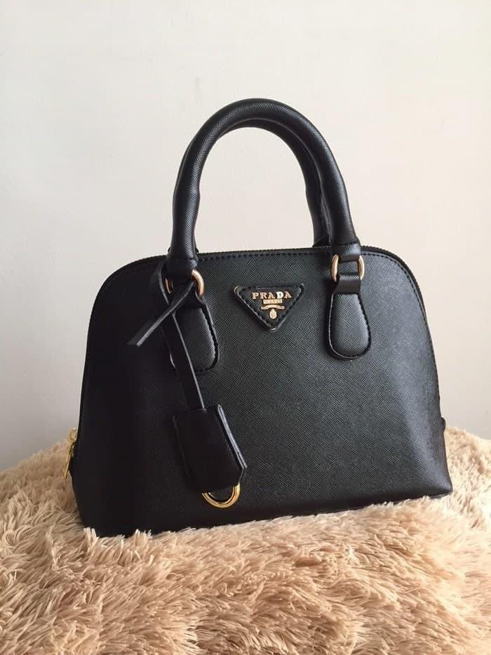 82bbfe4761a9 Harga murah Tas Wanita Prada Alma Mini Black Prada Hitam Premium Pra
