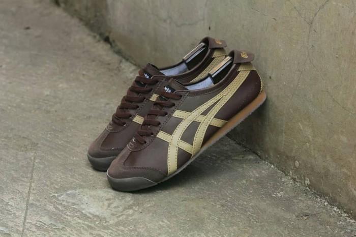 best service 63a98 c3704 Jual Sepatu Asics Gel Onitsuka Tiger Mexico66 Brown / Pria Wanita - DKI  Jakarta - Polyphia | Tokopedia