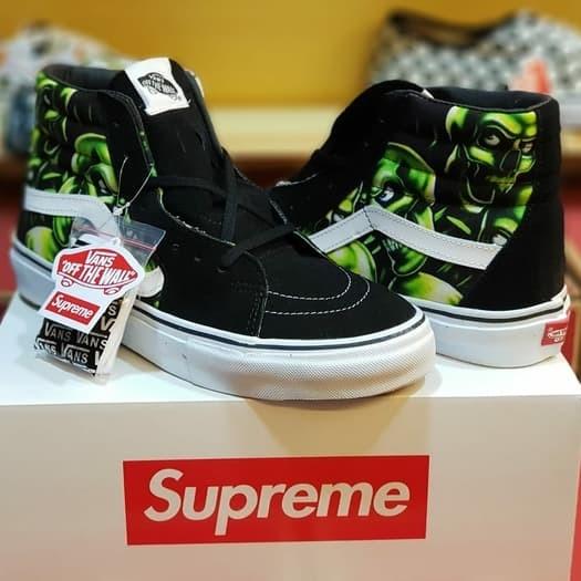 23241df727 Jual Sepatu Vans Sk8 Hi Skool Supreme x Skull pile Original waflle ...