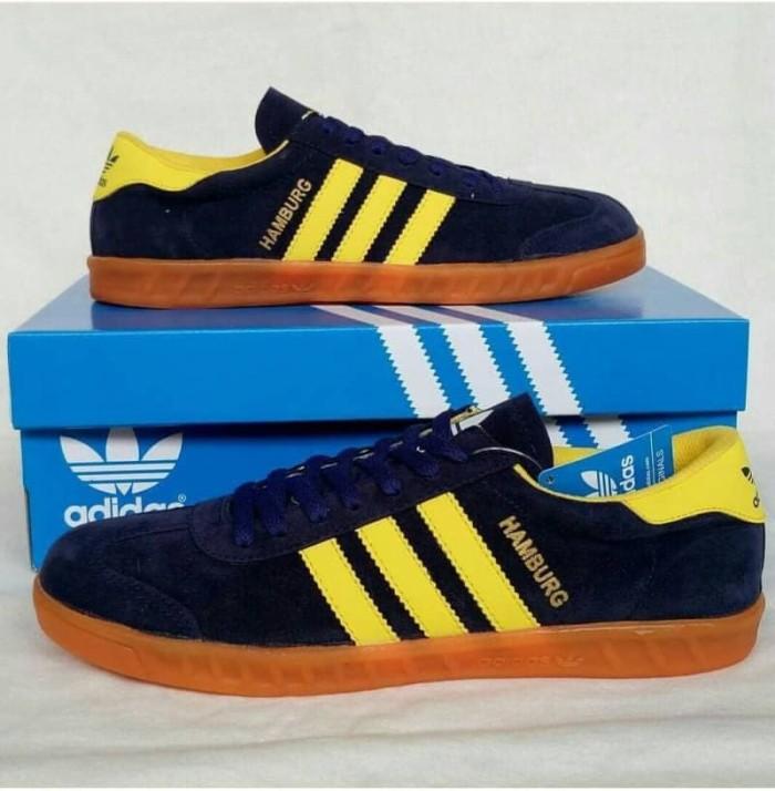 Jual Sepatu Pria - Adidas Hamburg Navy Yellow Gum - GO - csneakers ... 776357f033