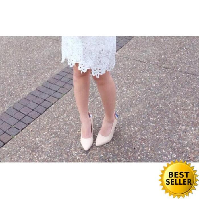 Alivelovearts Davinci Cream Sepatu Heels Hak Tinggi Wanita
