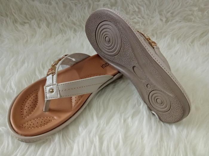 Promo Sandal Wedges Wanita - Calbi Nue 1506 kunir - Wedges Murah Berkualitas.  Source · TERMURAH   TERLARIS SANDAL CEWE DEWASA CALBI SZE 1465 CRM 051f37f669