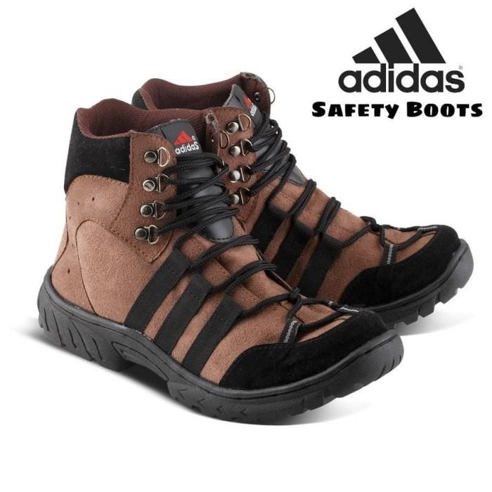 490b1e50fba Jual Sepatu pria Adidas safety boot Bikers Ujung besi Free kaos kaki. -  Hitam, 42 - Kab. Bandung - Asya shop Bandung   Tokopedia
