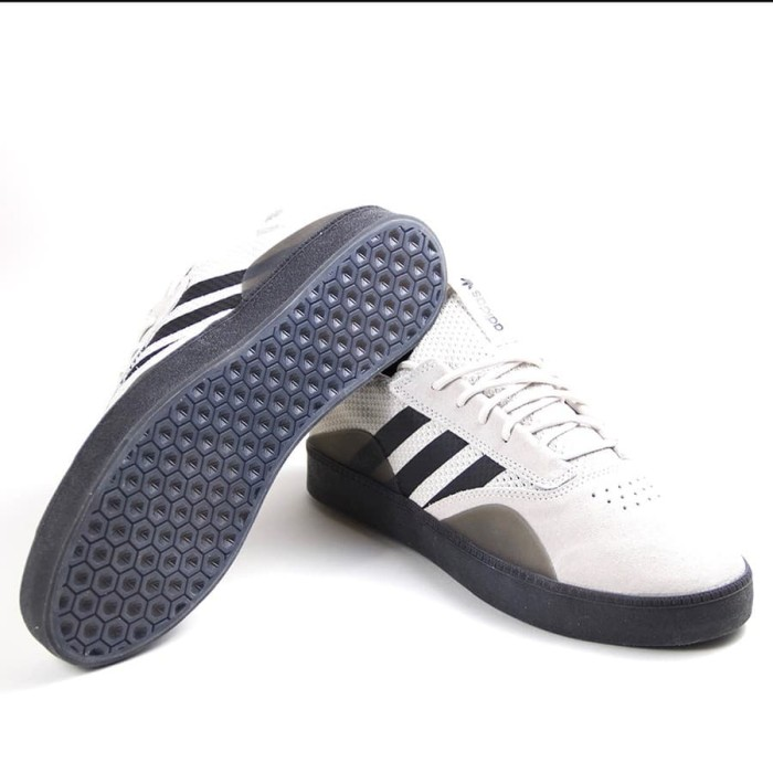huge selection of fdbd1 617b2 Sepatu Skate adidas 3ST.001 GREYBLACKWHITE CQ1084