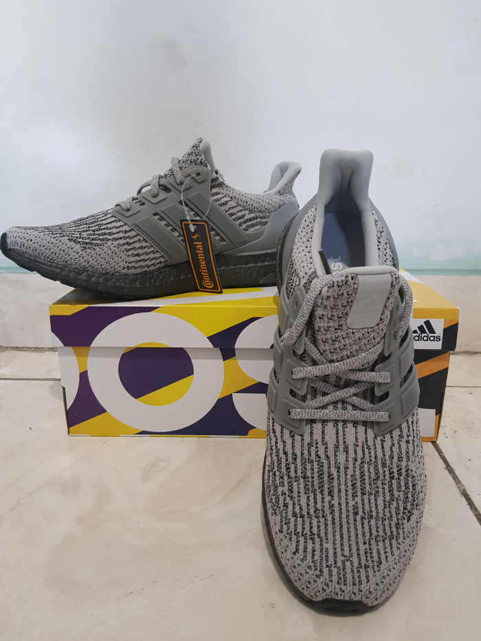 4e9956fc3 ... harga Sepatu adidas ultraboost v3.0 triple grey gray ori 100%  Tokopedia.com
