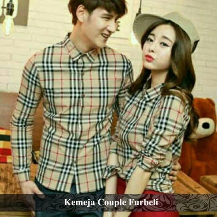 Foto Produk kemeja couple kotak | kemeja flanel | kemeja pasangan | furbeli couple dari koleksi baju couple