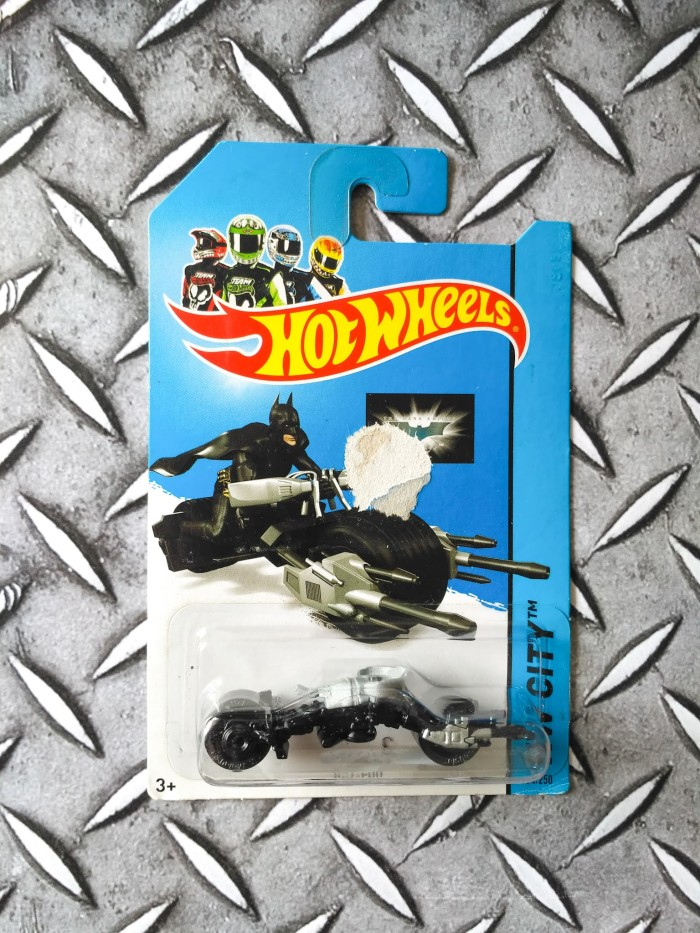 Diecast Motor Batman Hot Wheels Bat Pod HW