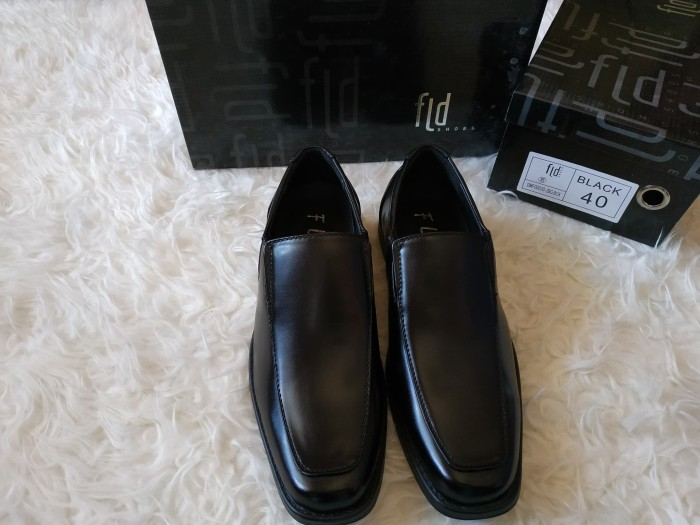 Jual Size 40 Sepatu Pria Merk Fladeo Kab Gresik Grand Prize