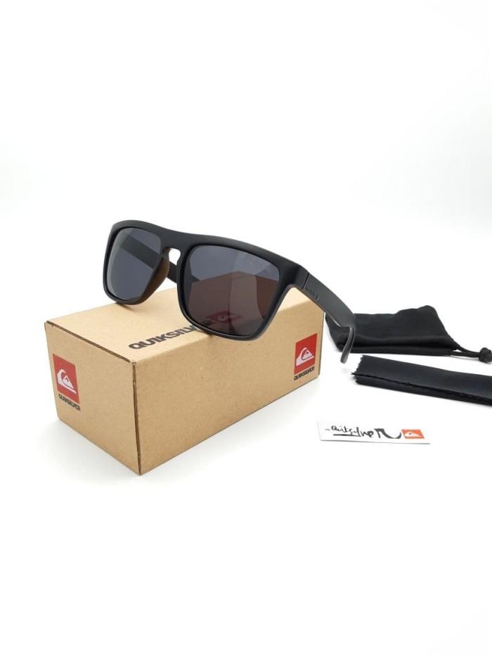 harga Kacamata fasion pria wanita full set quiksilver polarizer Tokopedia.com