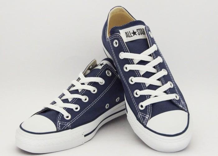 Converse ll converse chuck taylor ll converse shoes ll sepatu converse -  Navy ac668a4691