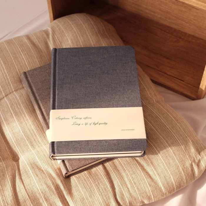 Jual Diary Notebook Sketchbook Hardcover Fancy Buku Jurnal Catatan Kegiatan Kota Bandung New Moon Casa Tokopedia