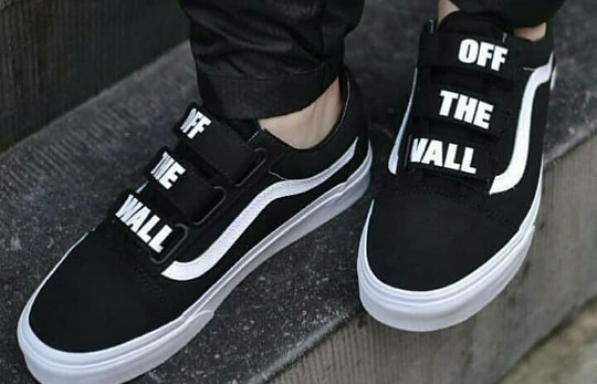 39d9fad3427 Jual Vans old Skool Velcro Off The Wall black True white - Kota ...