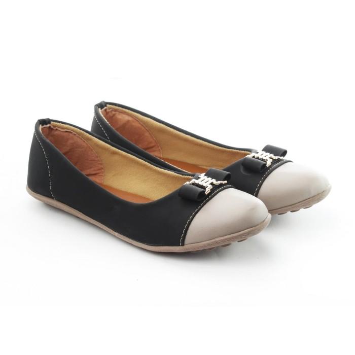 """Sepatu Wanita """"Yutaka N34"""" - Hitam - Hitam"""