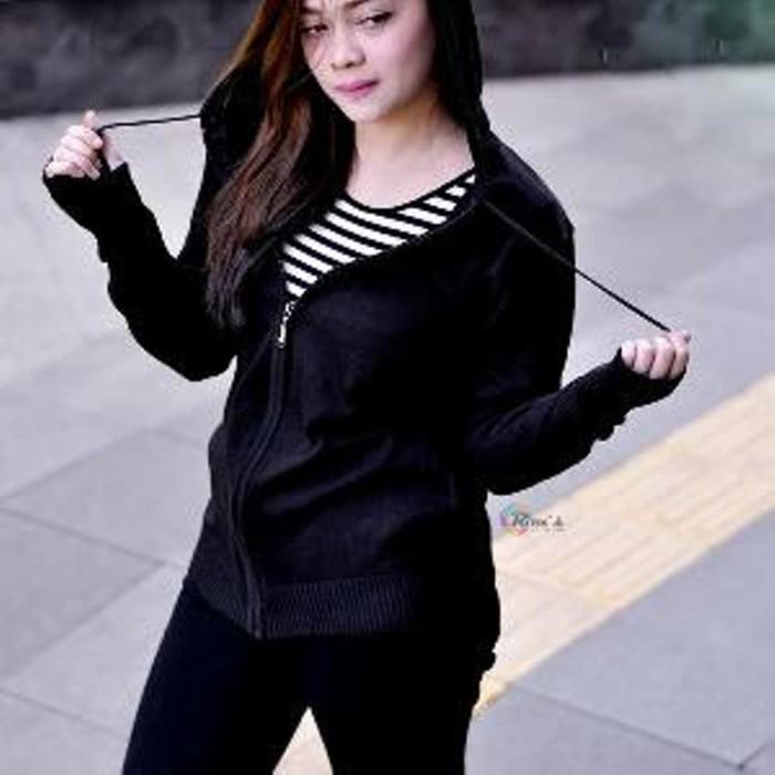 sweater rajut greenlight hitam-sweater rajut ariel blac Limited