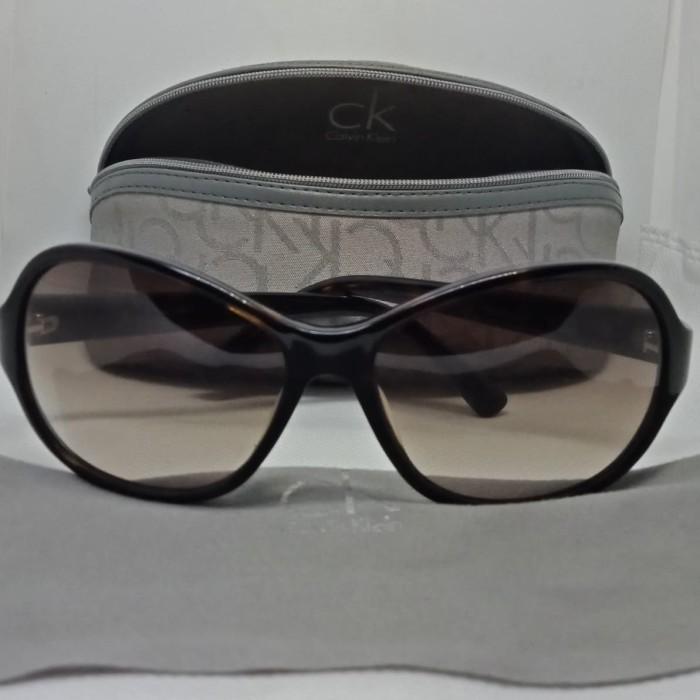 Jual Kacamata original Sunglass CalvinKlein 2nd like new ck4104s 004 ... 5ca328e02a