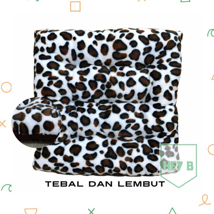 Bantal mobil, bantal sofa dan bantal kursi motif Cheetah