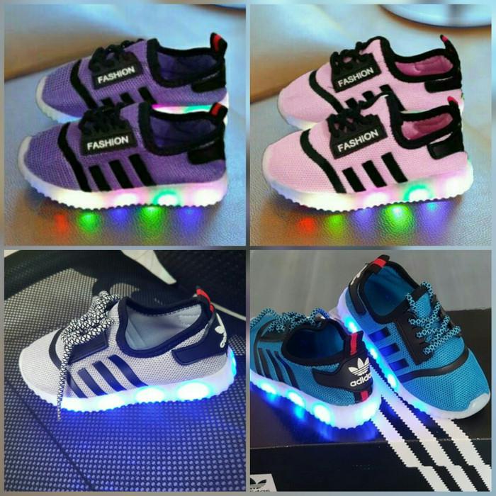 Jual Sepatu anak laki-laki cowok cewek lampu LED Adidas size 26-30 ... 1d09bac86b