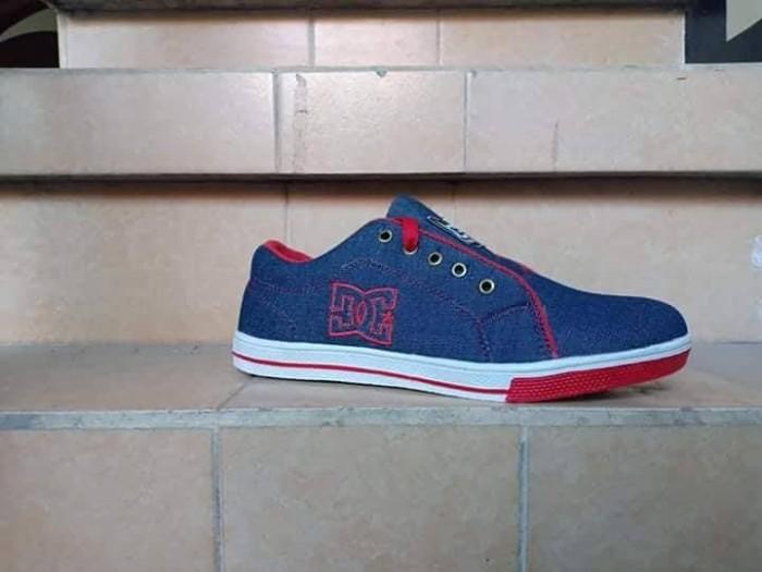 Sepatu Dc Skate Shoes Pria Berkualitas