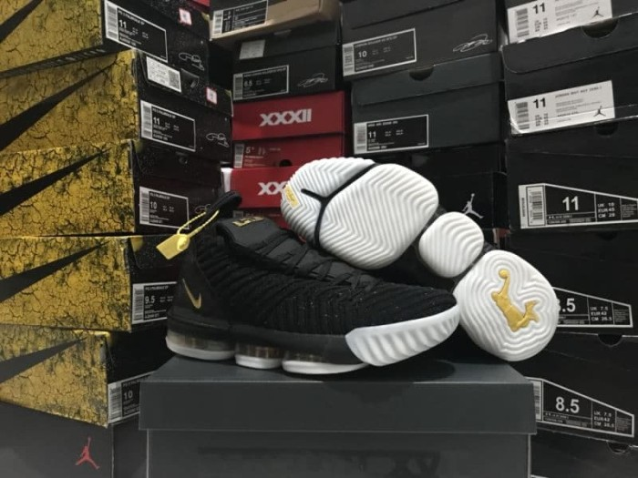 info for 92397 b3b62 Jual sepatu basket nike lebron 16 black gold grade original murah - Kota  Batam - vier sport   Tokopedia