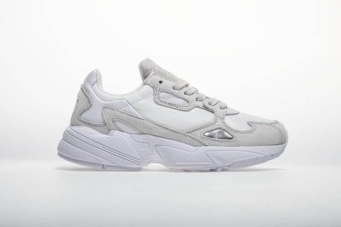 4192404dff1 Jual Sepatu Wanita - Adidas Falcon White Cream - PRM - Kab. Tangerang -  csneakers | Tokopedia