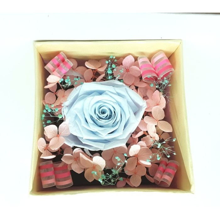 Amefurashi Bloom Box Light Blue Rose Preserved Flower Uk 10 x10 cm
